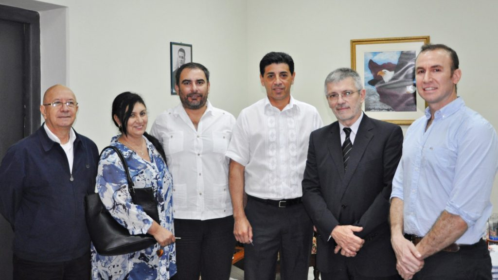 Visita de Catedráticos e Investigadores de la UNNE
